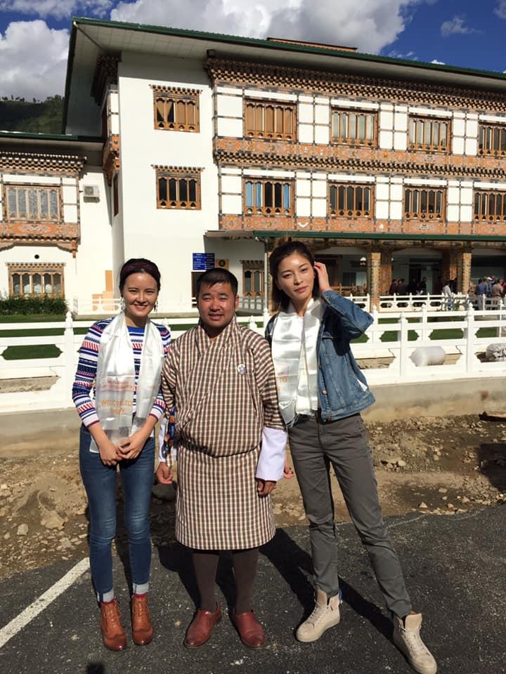 Ms. Fu Wenwen & Ms. Xu Yiying